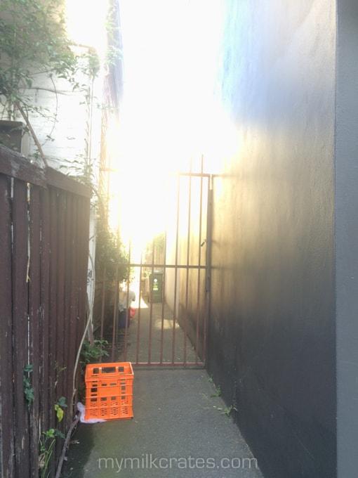Laneway crate