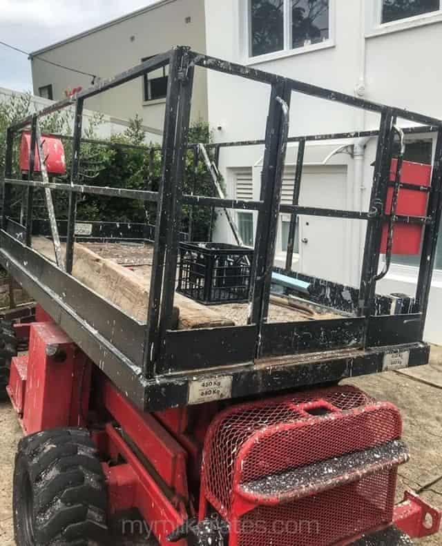 Scissor lift crate